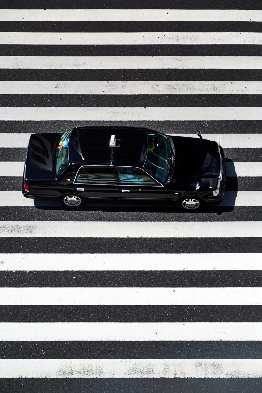 Un taxi traverse