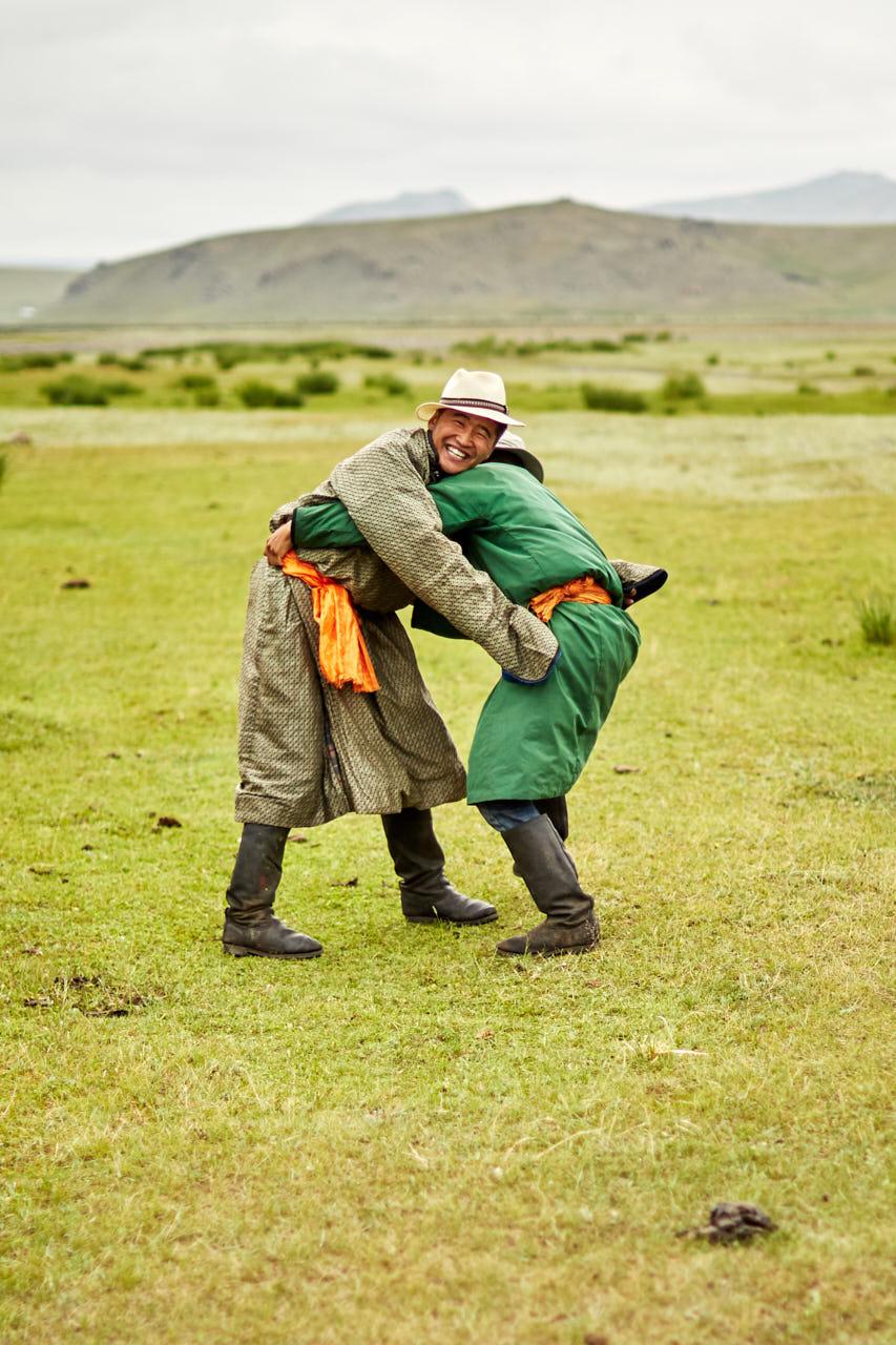 Combat de lutte mongole