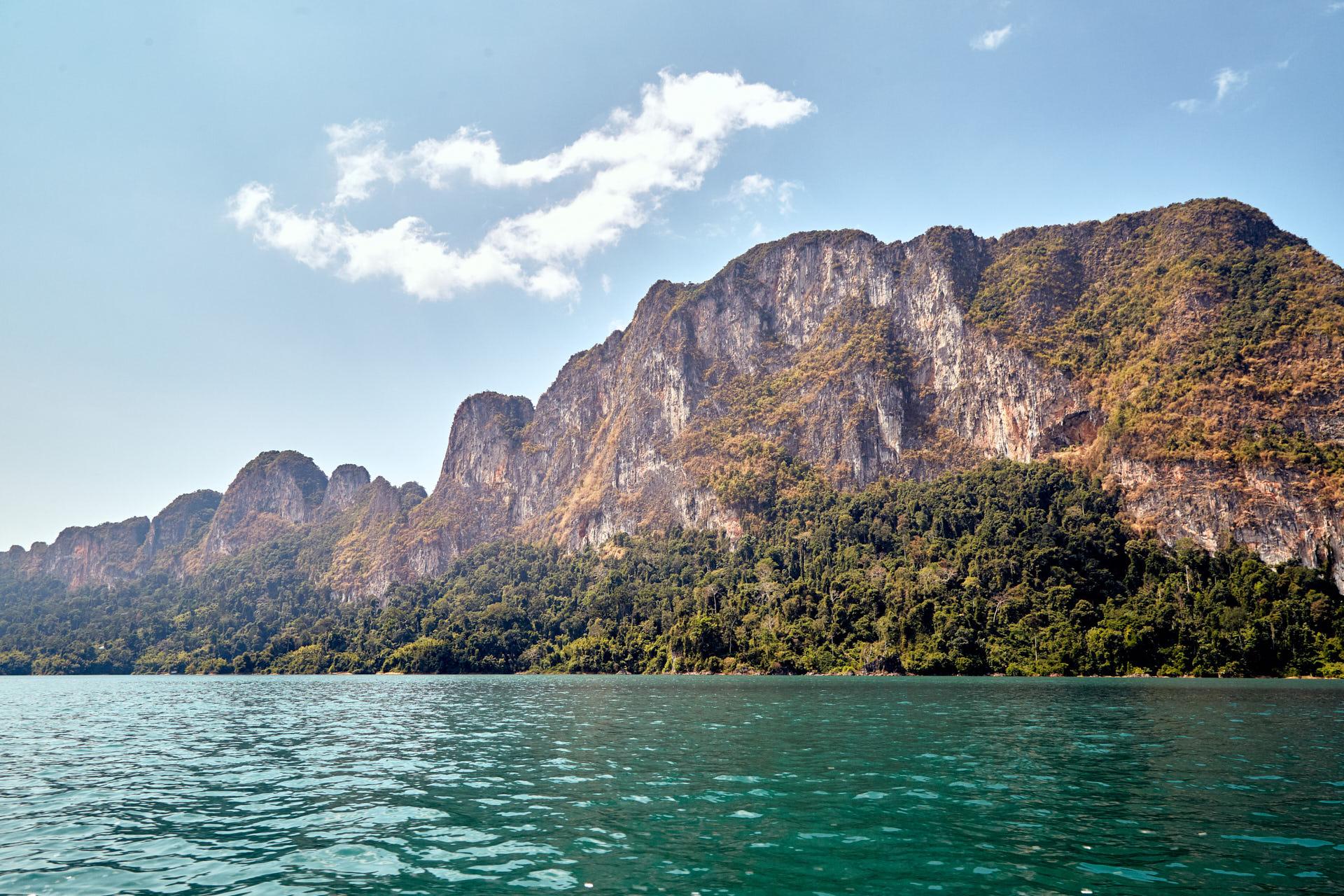 Les monts Karstiques de Khao Sok
